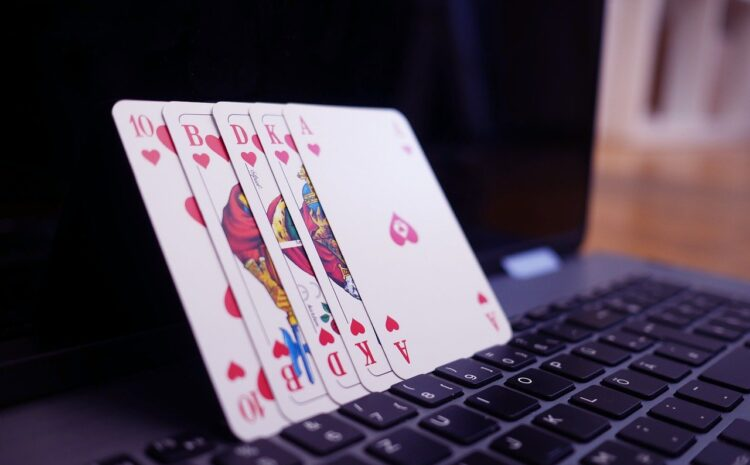 Five Simple Tips to Help You Master Online Poker